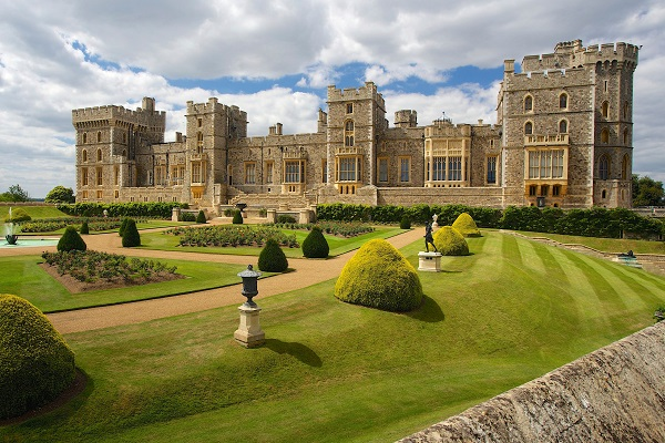 Attractions and Places to Visit in Windsor